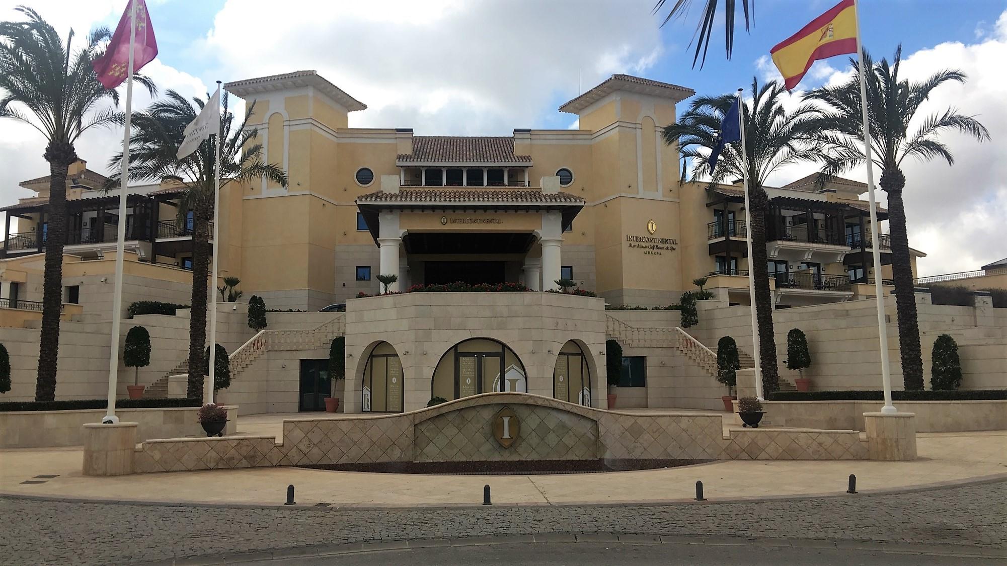 Framsida på Mar Menors hotell.